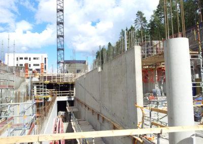 Finnairin-lentokentän-parkkihalli-työmaa